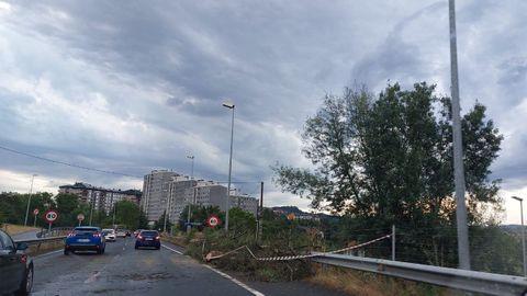 La entrada a la ciudad se ralentizó por el efecto de la lluvia, el granizo y el viento