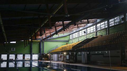 El viento arrancó el tejado de la piscina Rosario Dueñas