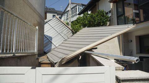 En la Cruz Alta, el lateral de aluminio de un inmueble se desprendió y salió volando hasta una casa cercana