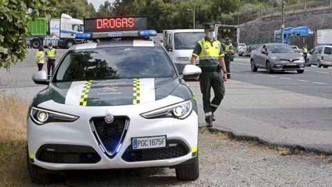 Control de alcohol y drogas de la Guardia Civil en la N-550