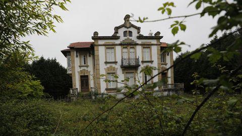 La nueva rebaja en el precio puede favorecer la venta de esta mansión indiana situada en Magazos tras varios años