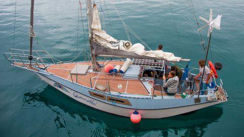 El velero Sanjola, que realiza los recorrridos por el cabo Ortegal.