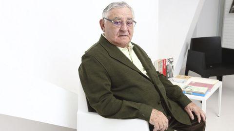 El dramaturgo Manuel Lourenzo es uno de los autores cuyos textos sonarán en la Casa da Cultura