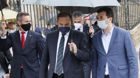 Gonzalo Caballero, junto a José Luis Ábalos en una reciente visita del ministro a Santiago