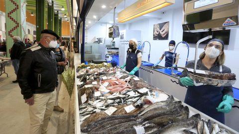 Da lonxa ao prato es el nuevo negocio que ha abierto en el mercado municipal