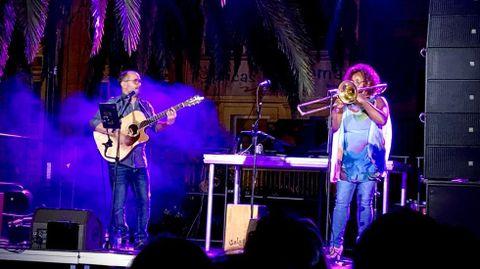 La Pequeña Gran Compañía, en una actuación en Pontevedra
