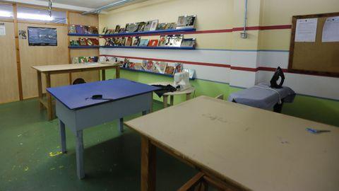En el módulo mixto, presas y presos comparten talleres, actividades formativas o el momento del patio. En Teixeiro lo conforman ahora 49 internos y 12 internas