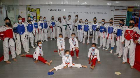 En el club ribeirense entrenan taekuondistas desde los 6 años hasta un grupo de adultos