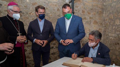 Visita al monasterio de Santo Toribio, en Liébana, de los presidentes de Asturias, Galicia y Cantabria