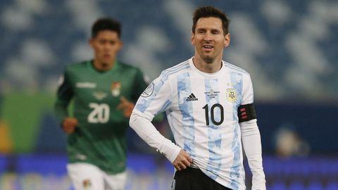 El diez argentino anotó dos goles en menos de diez minutos