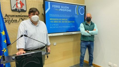 Pelayo Barcia y Jesús Martínez Salvador en la rueda de prensa de presentación de su propuesta para el fomento del empleo