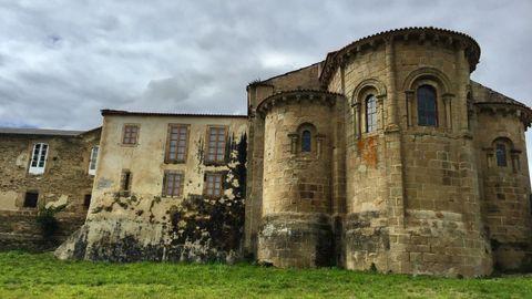 Monasterio de San Martiño do Couto