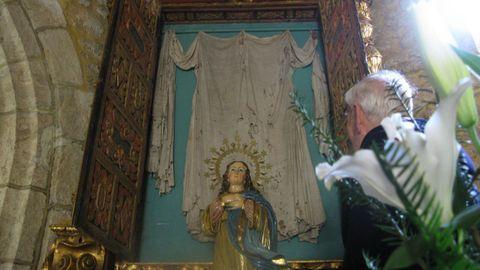 Alba de San Rosendo, reliquia que se conserva en un monumental relicario en la iglesia de Nosa Señora das Neves, en A Capela