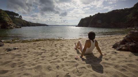 La playa de Canide, en Oleiros, es una de las playas más seguras para los niños, pues su ubicación no deja entrar las olas. Es como una piscina