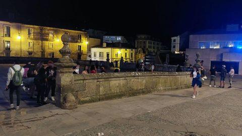 Imagen de este sábado por la noche en las inmediaciones de la Catedral de Lugo