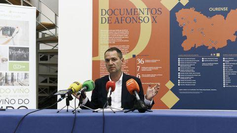 Juan Casares presenta la campaña da Ruta do Viño do Ribeiro: «Ribeiro, o teu mellor camiño».