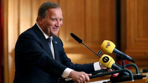 Un ufano Stefan Löfven, este miércoles, tras ser reelegido primer ministro por el Parlamento Sueco