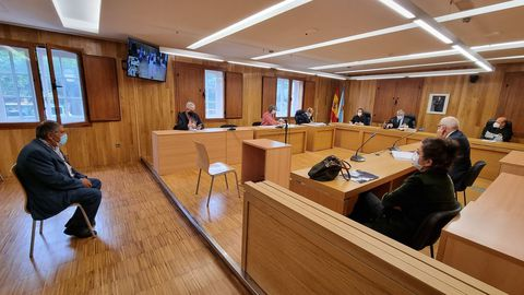 El alcalde de Muras, Isaam Algnam Azzam, en el banquillo de los acusados de la Audiencia Provincial de Lugo