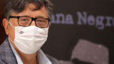El actor y escritor Carlos Bardem este viernes en la Semana Negra de Gijón, donde ha presentado su última novela  El asesino inconformista