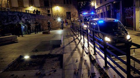 La praza das Mercedes fue uno de los lugares más vigilados por los efectivos de los cuerpos de seguridad