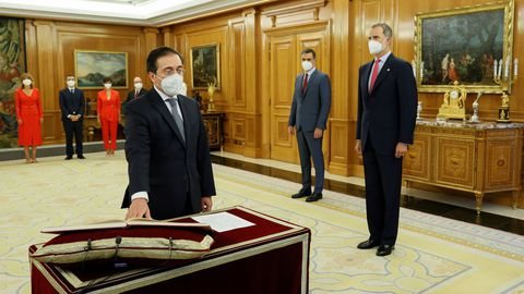 El nuevo ministro de Asuntos Exteriores, Unión Europea y Cooperación, José Manuel Albares, promete su cargo