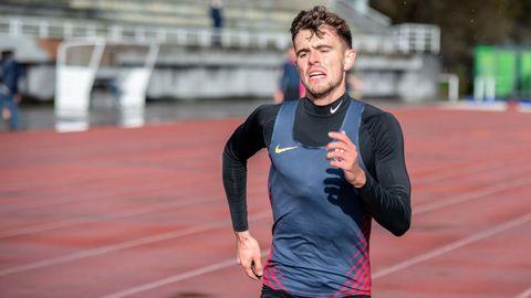 Adrián Ben, quinto en la prueba de 800 metros en el Mundial de Doha. Llega con 22 años.
