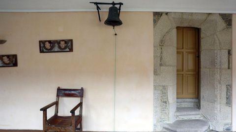 Antigua campana empleada por los peregrinos para llamar al padre superior