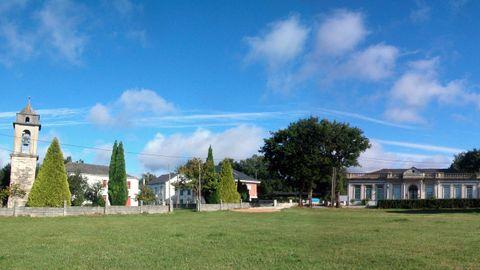 Vista de la parroquia de Roupar, donde fue enterrado Francisco Hermida