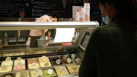 Los helados de la Ibense, ahora en la calle Concejo, son uno de los clásicos de la ciudad