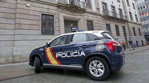 La menor declaró a puerta cerrada en la Audiencia de Pontevedra, en la imagen de archivo