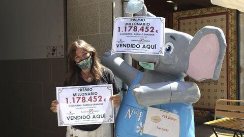 Premio millonario de la Lototurf en la administración de la calle Michelena, en Pontevedra