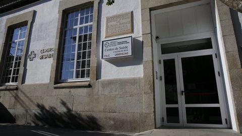 O centro de saúde e o PAC de Caldas de Reis está ubicado no paseo de Román López