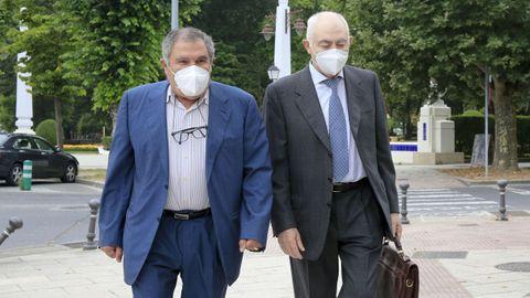 Isaam Algnam se defendió de las acusaciones de prevaricación diciendo que «no sabía que los miembros del Concello tenían deber de abstención»