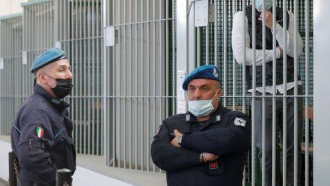 Agentes del Arma de Carabineros en Italia