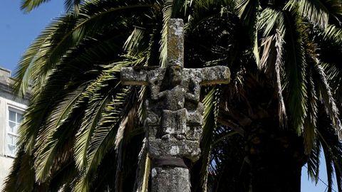 Cruceiro de Melide, considerado por Castelao como el más antiguo de Galicia