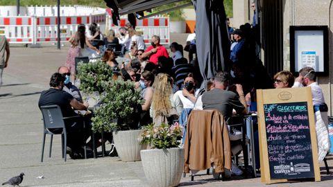 Imagen de archivo de las terrazas en el paseo de Santa Cruz.