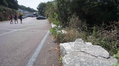 Los bloques de hormingón colocados en el lado del Miño no respetan las directrices de Patrimonio ni las de la Hidrográfica