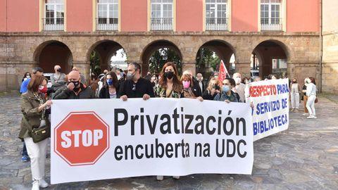 Protesta de los funcionarios de la UDC en junio.