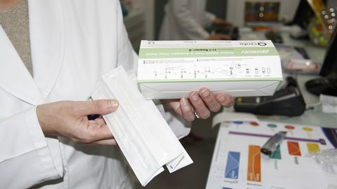 Algunas farmacias solo disponen de cajas de cinco unidades de los autotest para el covid
