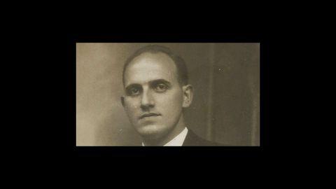 El fundador, Antonio Chao Vázquez, natural de Ourol y que emigró a Cuba, fundando Casa Chao en Viveiro al volver a su tierra