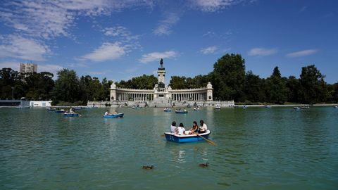 El lago de El Retiro