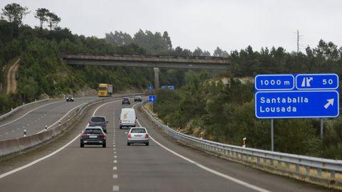 Vista de la AG-64 a su paso por el municipio de Vilalba