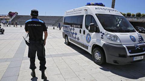 La Policía Local de Sanxenxo inspecciona los lugares más frecuentados por la gente