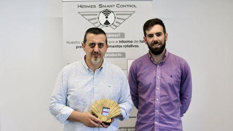 Xavier Barra, socio fundador de Hermes Smart Control, junto a Manuel Graña, director técnico de la empresa