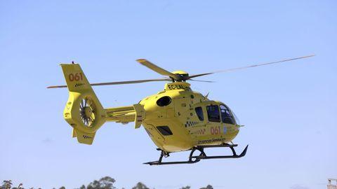 Foto de archivo del helicóptero de emergencias