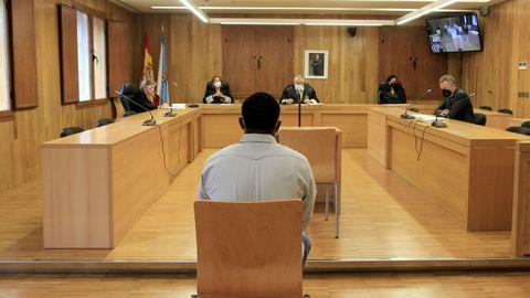 Vista del acusado en los banquillos de la Audiencia Provincial.