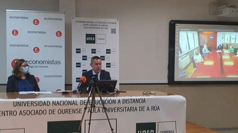 El acuerdo fue presentado este miércoles en la sede de la UNED en Ourense