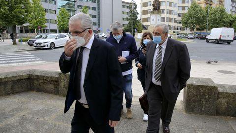 El exinspector jefe de la Brigada de Extanjería de Lugo, Evaristo Rodríguez, entrando en la Audiencia Provincial