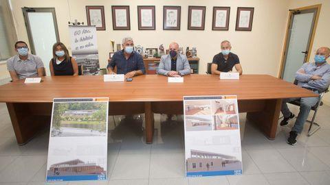 El presidente del Club Fluvial, Tito Valledor, y el presidente del GDR4, José Ángel Santos, estuvieron en la presentación.