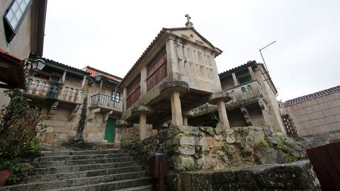 La sentencia recuerda que el entorno de los hórreos del casco histórico de Combarro está protegido